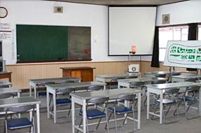 学科教習教室